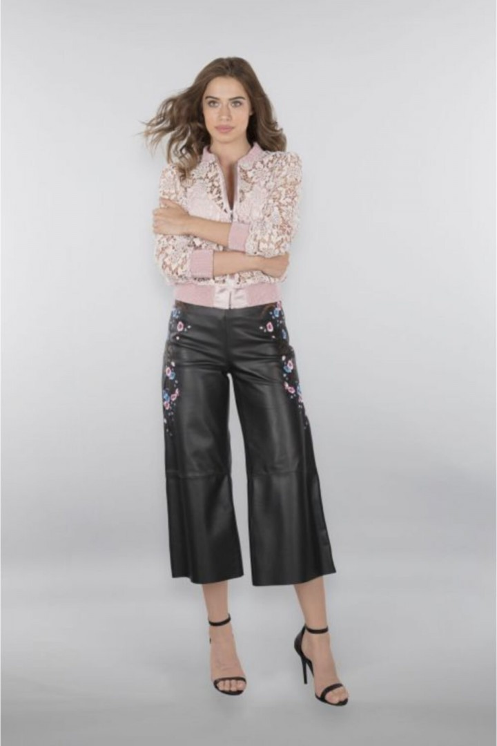 Kadın Siyah Culotte Nakış Işlemeli Hakiki Deri Pantolon